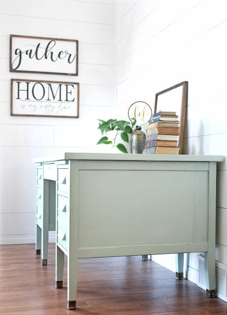 Mint-Green-Vintage-Desk-painted-in-eco-friendly-DIY-furniture-paint-from-Country-Chic-Paint4